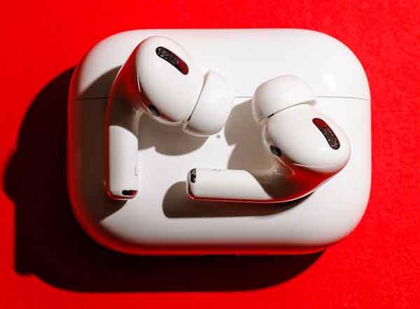 AirPods не заряжаются?  5 решений